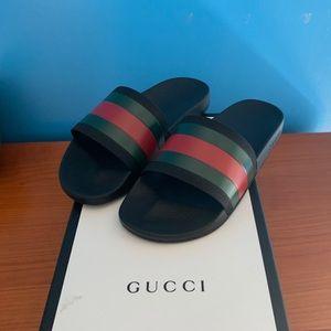 RARE Gucci Pursuit '72 Slides Size 9 US